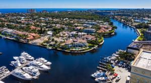 Royal Palm Yacht & Country Club: The Waterfront Community that Offers the Ultimate Luxury Lifestyle