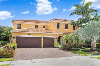 15692 Glencrest Avenue, Delray Beach, FL 33446