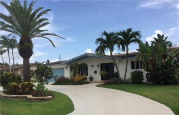 2731 NE 52nd Court, Lighthouse Point, Florida
